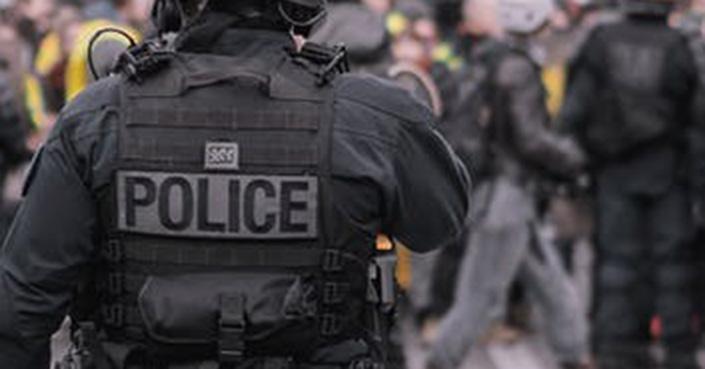 Atrapan a 5 por el ataque fatal a mujer policía francesa